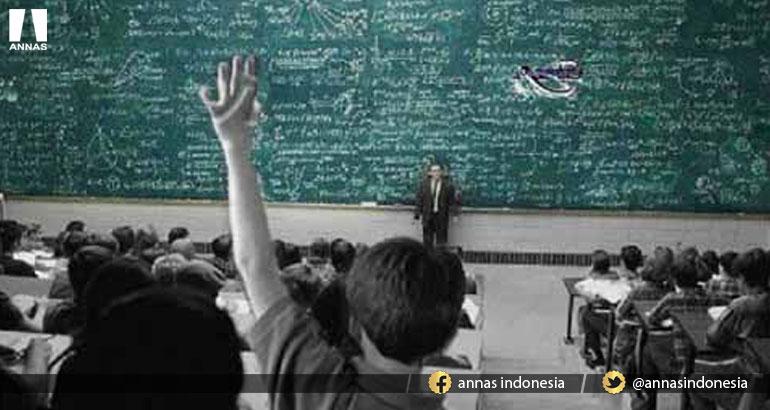 KATA PROFESSOR ATHEIS 'TUHAN ITU TIDAK ADA', TAPI JAWABAN MAHASISWA INI MEMBUATNYA TERDIAM