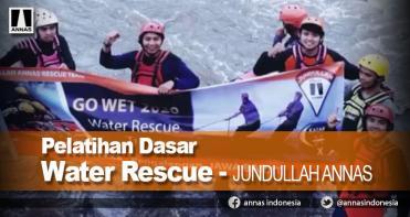 1795783301_pelatihan-dasar-water-rescue-catatan-perjalanan-jundullah-annas.jpg